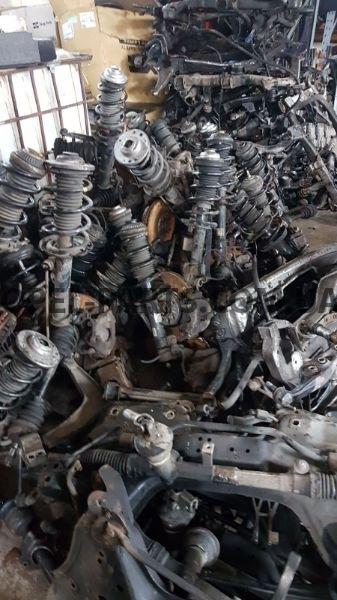 Амортизатор передний Opel Corsa D LH 344654 RH344655 б/у на Опель Corsa D