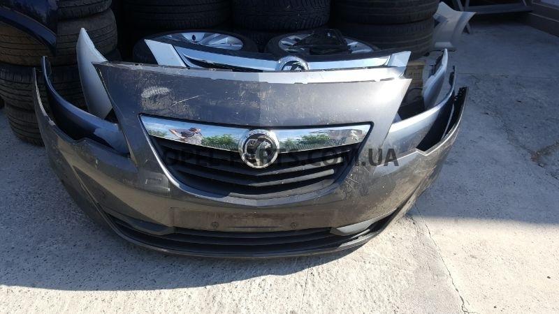 Бампер передний Opel Astra J б/у на Опель Astra J