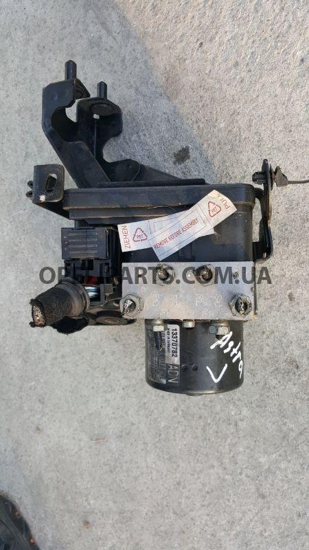 Блок ABC Opel Astra J 13370782 б/у на Опель Astra J