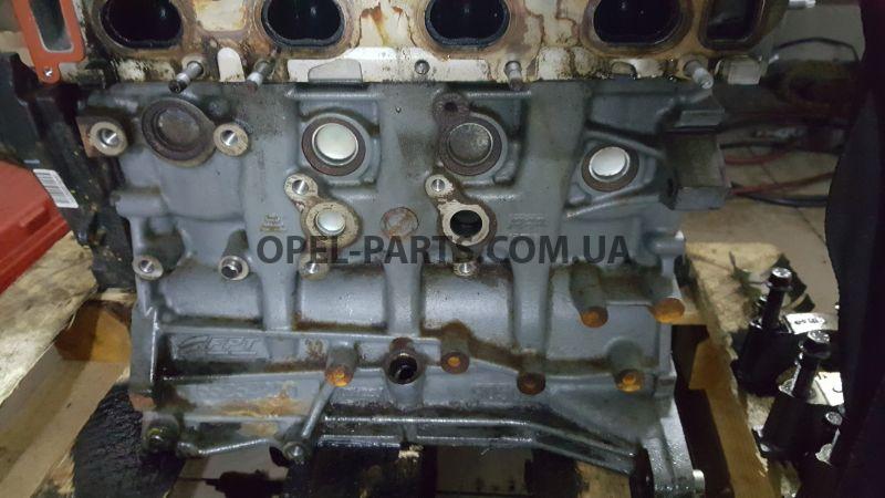 Блок цилиндров 16 Multijet Fiat Doblo Opel Combo 55254220 б/у на Опель Combo C
