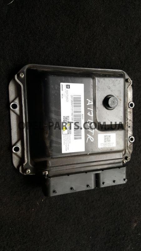 Блок управления двигателем Opel Astra J 55579893 A17DTR б/у на Опель Astra J