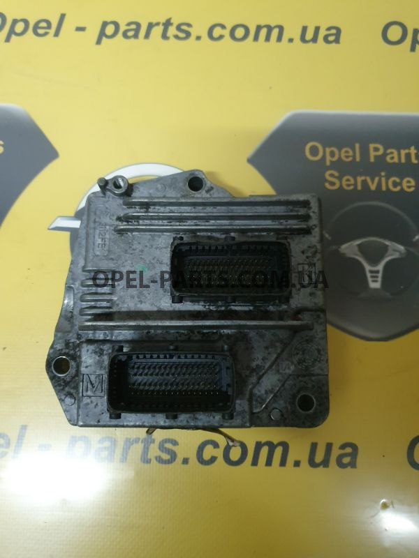 Блок управления двигателем Z16XE1 Opel Zafira B 55562549 б/у на Опель Zafira B