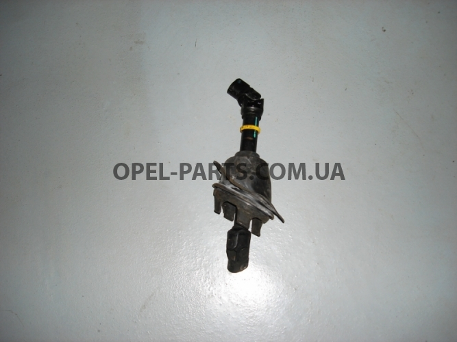 Карданчик рулевой б/у на Опель Vectra C
