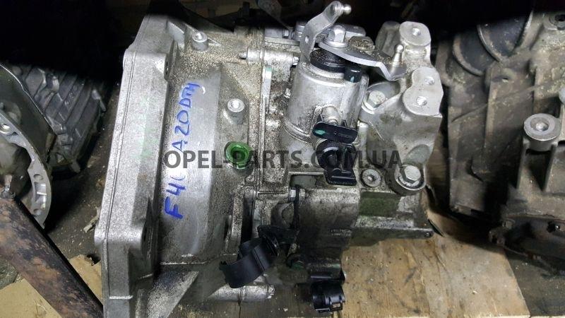 КПП Механика F40 55564375 б/у на Опель Zafira B