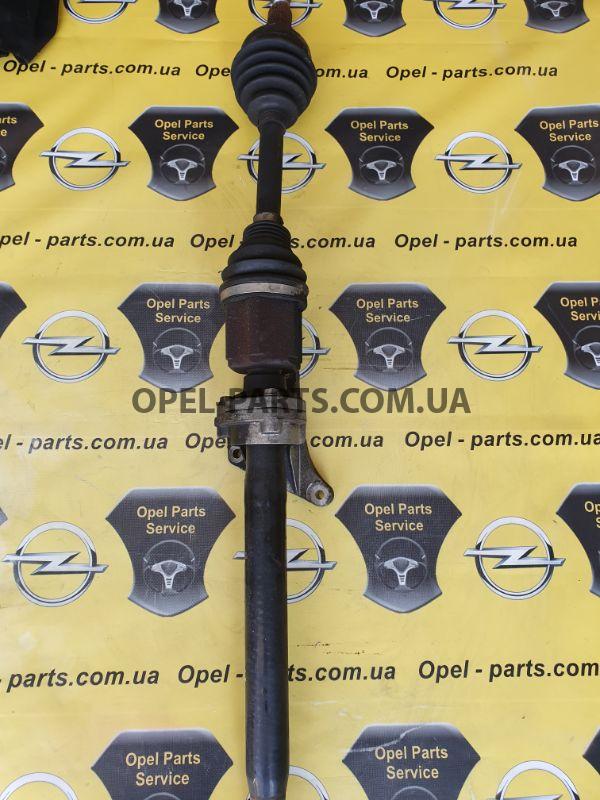 Полуось правая Opel Astra J A20DTH 13335137 б/у на Опель Astra J