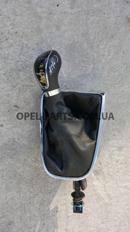 Рычаг переключения передач 8126201004 б/у на Опель Astra J