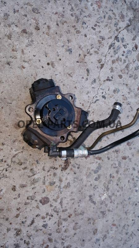Топливный насос Bosch 0445010092 55185549 Opel Combo б/у на Опель Combo C