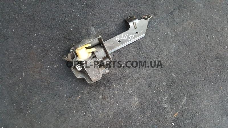 Вакуумный клапан 55566898 Opel Insignia б/у на Опель Insignia